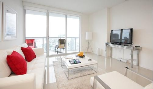 Sky City at Icon Brickell - Miami - Living room