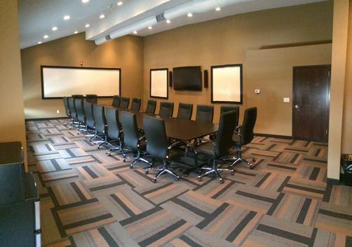 The East Avenue Inn & Suites - Rochester - Conference room
