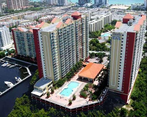 Luxury Apartments at Intracoastal - Sunny Isles Beach - Building