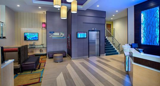 Fairfield Inn by Marriott New York LaGuardia Airport Astoria - Astoria - Lobby