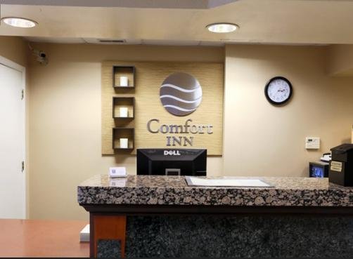 Comfort Inn Pentagon City - Arlington - Front desk