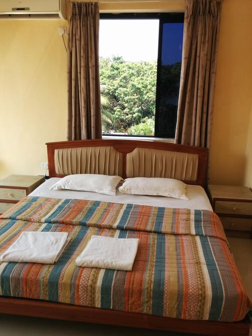 Goan Clove, Apartment Hotel - Vagator - Bed