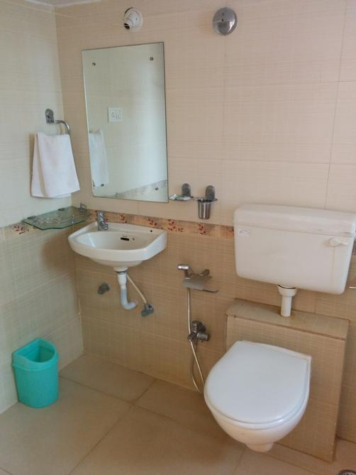 Goan Clove, Apartment Hotel - Vagator - Bathroom