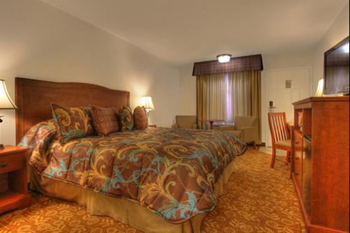 Tropicana Inn and Suites - Anaheim - Bedroom