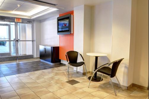 Motel 6 New Orleans LA - New Orleans - Lobby