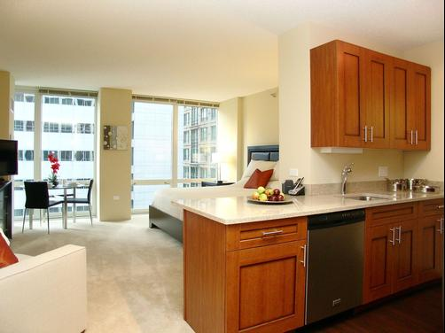 Chicago Property Concierge at 215 West - Chicago