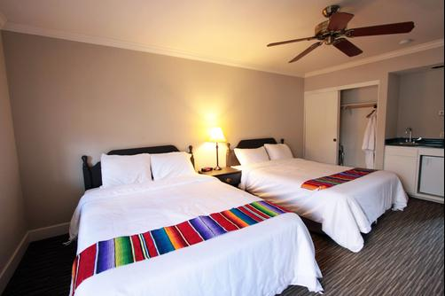 Palm Canyon Hotel - Borrego Springs - Bed