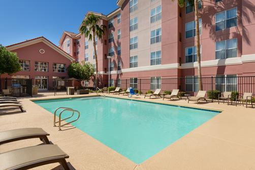 Homewood Suites by Hilton Phoenix-Metro Center - Phoenix - Pool