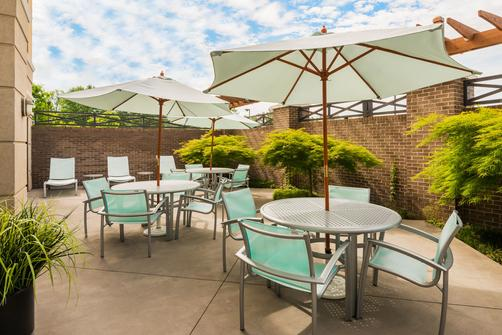SpringHill Suites by Marriott Richmond Northwest - Richmond - Patio