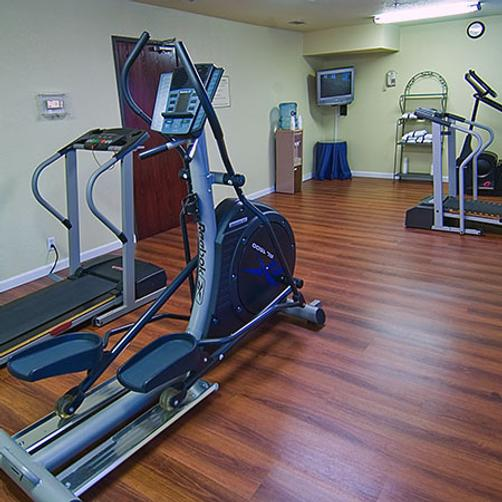 Magnuson Hotel Fossil Creek - Fort Worth - Gym