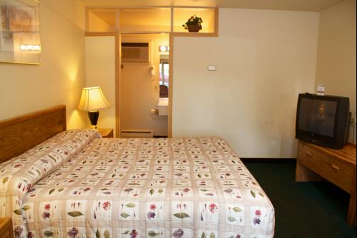 Black Canyon Motel - Montrose - Bedroom