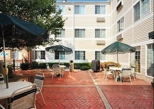 MainStay Suites Greenville Airport - Greer - Balcony