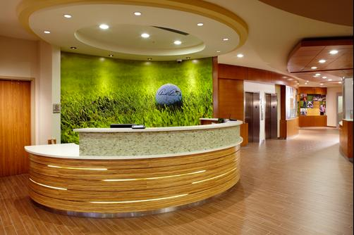 SpringHill Suites by Marriott Pittsburgh Latrobe - Latrobe - Front desk