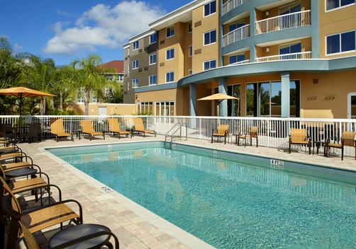 Courtyard by Marriott Tampa Oldsmar - Oldsmar - Pool