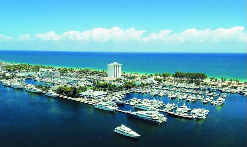 Bahia Mar Ft. Lauderdale Beach- a DoubleTree by Hilton Hotel - Fort Lauderdale - Building