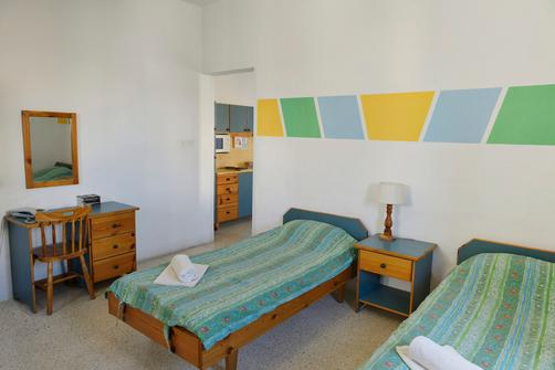Nsts Hibernia Residence And Hostel - Sliema - Bedroom