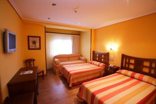 Complejo San Marcos Posada Spa - Santillana del Mar - Bedroom