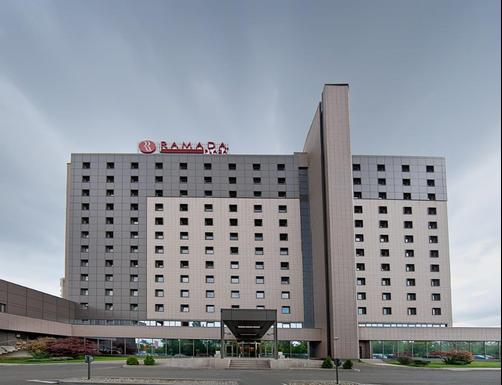 Ramada Plaza Bucharest Convention Center - Bucharest - Building