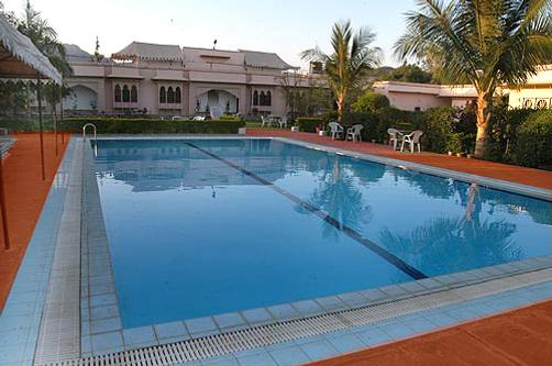 Ranakpur Hill Resort - Ranakpur - Pool