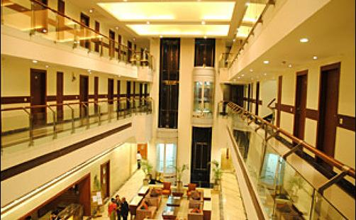 Hotel Royal Cliff - Kanpur - Lobby