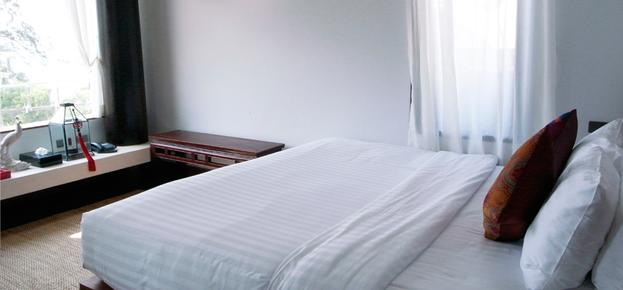 Sutra Beachfront Boutique Hotel - Patong Beach - Bedroom