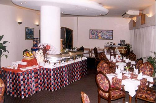 Hotel Lake Castle - Dhaka - Restaurant