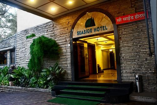 Sea Side Hotel - Mumbai - Building
