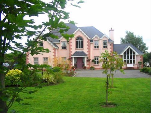Maple Lodge - Bed & Breakfast - Wexford - Building
