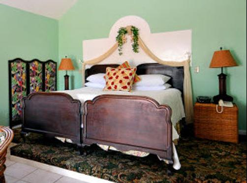 Sea Breeze Manor - Gulfport - Bed