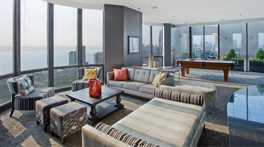 Eugenie Terrace - Chicago - Living room