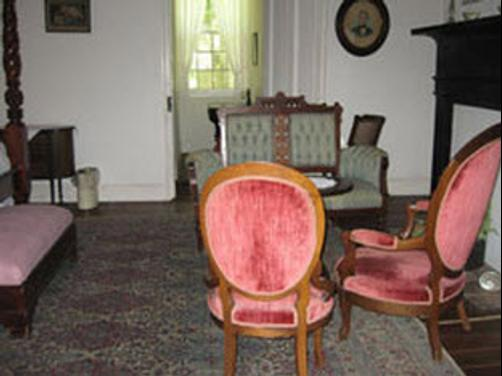 The Cottage Plantation - Saint Francisville - Living room