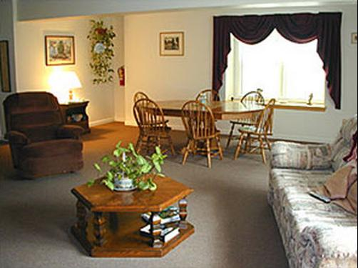The Inn of Lake George - Lake George - Living room