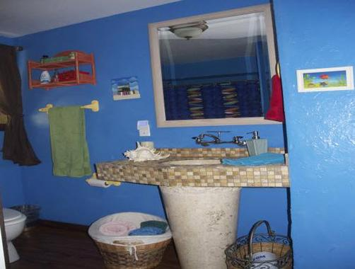 Kalani Hawaii Private Lodging - Haleiwa - Bathroom