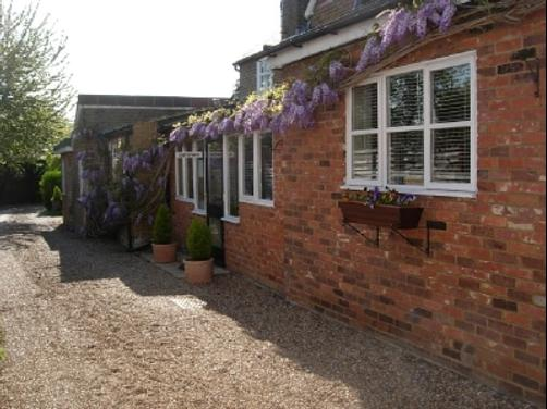 The Bakehouse Guesthouse - Maidenhead - Building