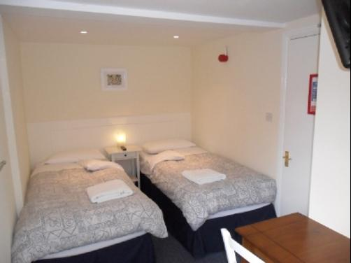 The Bakehouse - Maidenhead - Bedroom