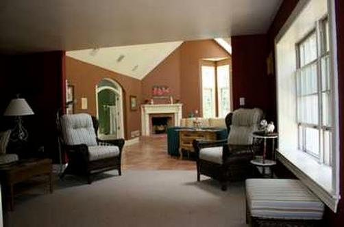 The Grandfield Bed&Breakfast - Madison - Living room