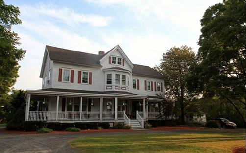 The Dominion House Bed & Breakfast - Blooming Grove - Building