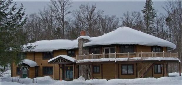 Northern Lights Bed and Breakfast - Old Forge - Building