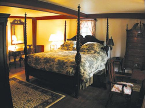 Kingsfield-The Lt Wm King House - Suffield - Bedroom