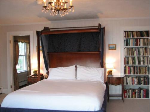 3 Royal Waterfront Suites - Warwick - Bed