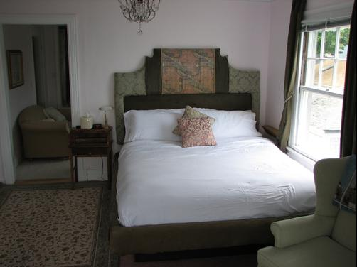 3 Royal Waterfront Suites - Warwick - Bedroom