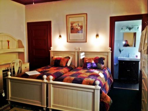 Aspen Manor Resort - Wellsburg - Bedroom