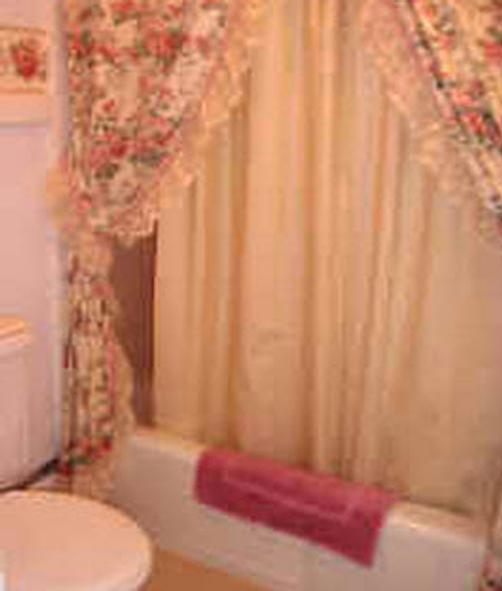 Carriage House Bed and Breakfast - Woodstock - Bathroom