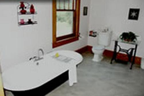 Country Oaks Bed & Breakfast - Mountain View - Bathroom