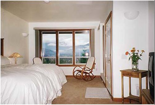 The Inn At Mt. Baker - Deming - Bedroom