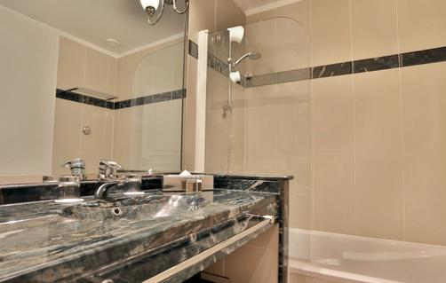 Fraser Suites Le Claridge Champs-Elysees - Paris - Bathroom