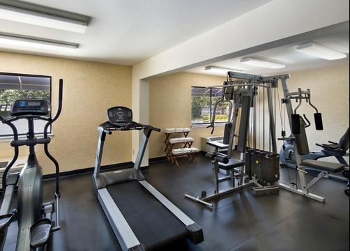 Maple Tree Inn - Sunnyvale - Gym