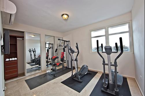 CIQALA Luxury Suites - San Juan - San Juan - Gym