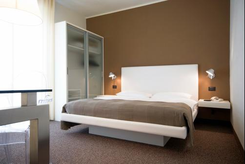 Hotel Meridiana - Malcesine - Double room