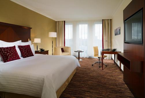 Berlin Marriott Hotel - Berlin - Bedroom